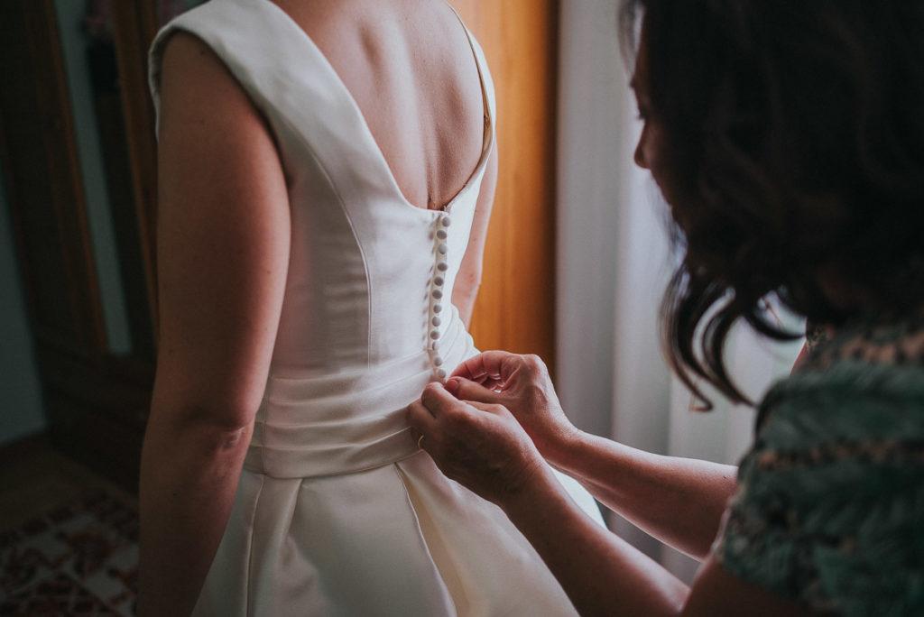 Vestir a la novia