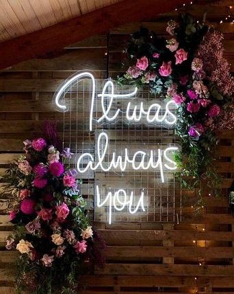 neon boda